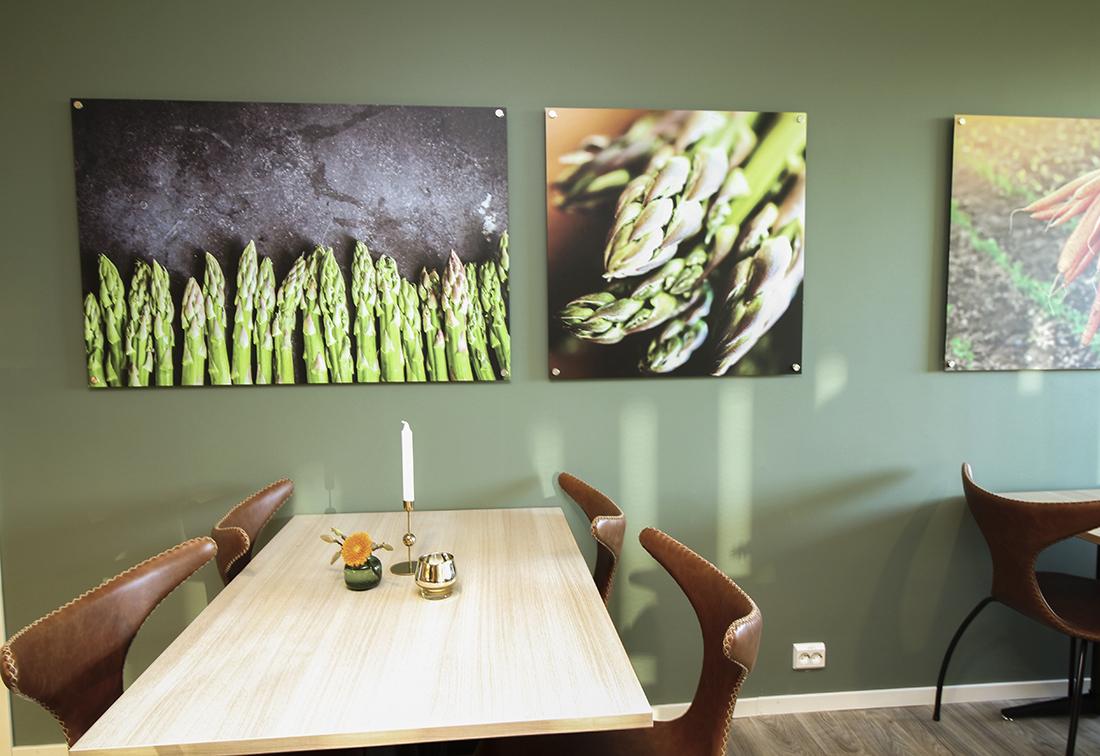 Restaurantbord i lys eik
