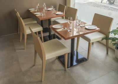 Restaurantinnredning kafèbord til den Indiske restauranten Jai Hind i Stavanger